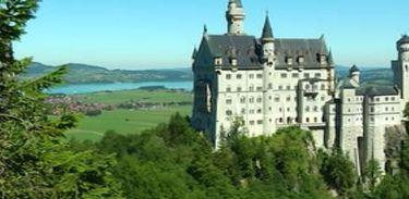 Conheça Neuschwanstein, o cartão postal da Baviera