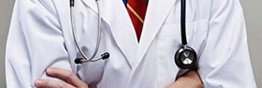 Médicos param em protesto aos planos de saúde