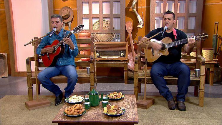 Edinho Ferreira & Eraldo Viola mostram seu talento no Brasil Caipira