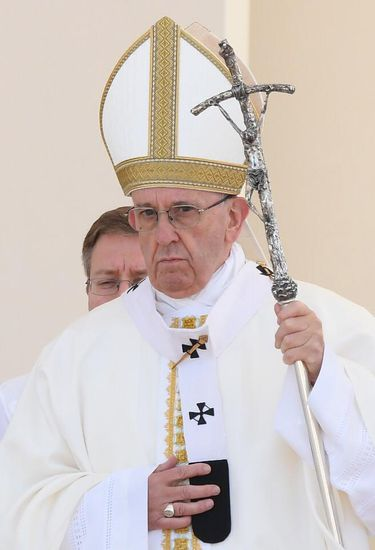Papa Francisco celebra a missa de canonização dos irmãos pastorinhos em Fátima (Agência Lusa/Direitos Reservados)