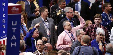 Republicanos abrem convenção que oficializará candidaturas do partido à presidência e vice-presidência dos Estados Unidos