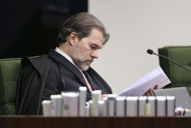 O ministro do STF, Dias Toffoli durante o julgamento dos processos contra José Serra e Aécio Neves.