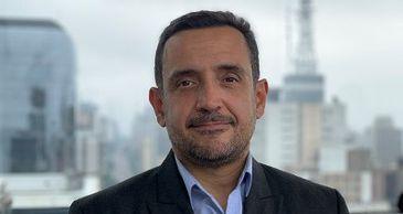 """Historiador Marcelo Cândido da Silva, autor do livro """"História Medieval"""""""