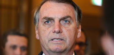 O presidente da República Jair Bolsonaro fala à Imprensa no Hotel Imperial