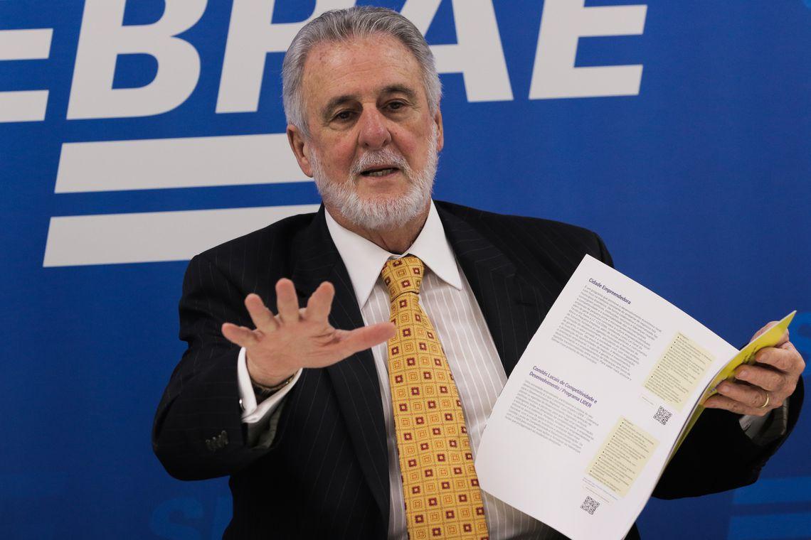 O presidente do Sebrae,Carlos Meller, durante entrevista à imprensa
