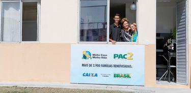 Dilma entrega unidades do Programa Minha Casa, Minha Vida, em Maricá