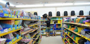 Volta às aulas, material escolar, aula, escola, compras, papelaria