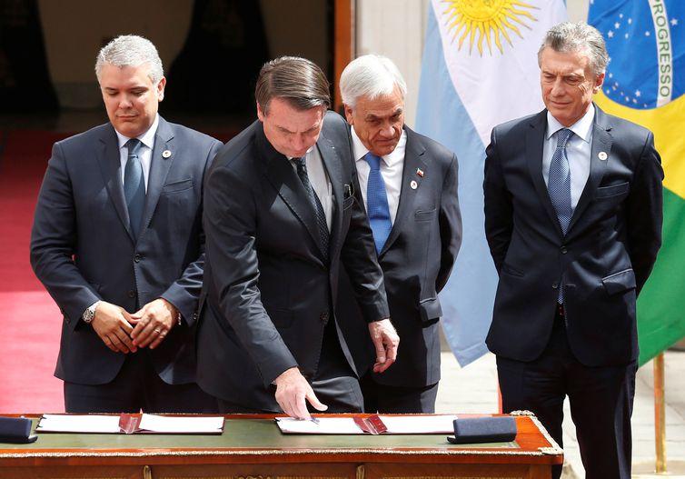 o presidente do Brasil, Jair Bolsonaro, o presidente do Chile, Sebastian Pinera, participam da cúpula de Prosul