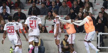 Athletico-PR 0 x 1 São Paulo