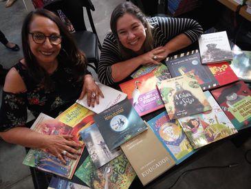 A autora comemora 25 anos de carreira literária