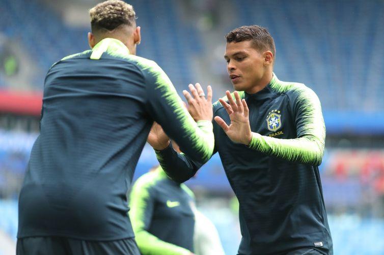 Seleção brasileira faz treinamento para enfrentar seleção da Costa Rica. Na foto, Thiago Silva.
