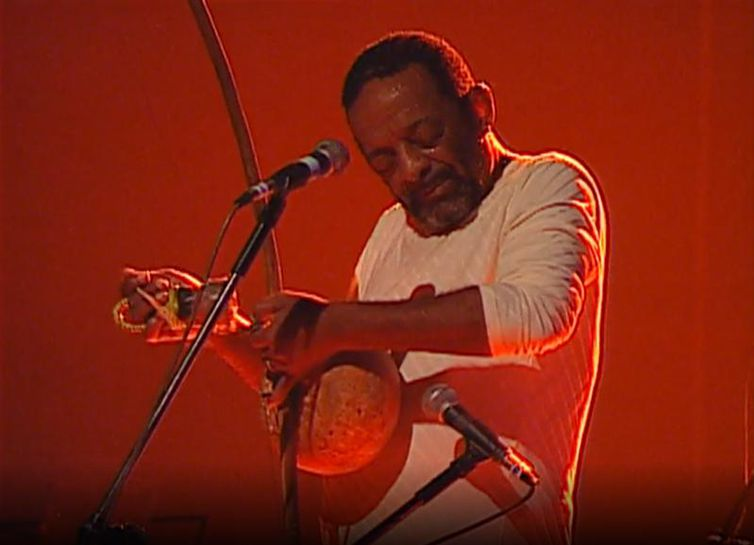 Recordar é TV homenageia o percussionista Naná Vasconcelos
