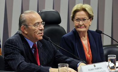 Eliseu Padilha, ao lado da senadora Ana Amélia durante audiência na Comissão de Agricultura do Senado