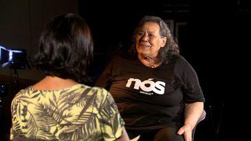 Atriz Teuda Bara tem mais de 50 anos de carreira nos palcos