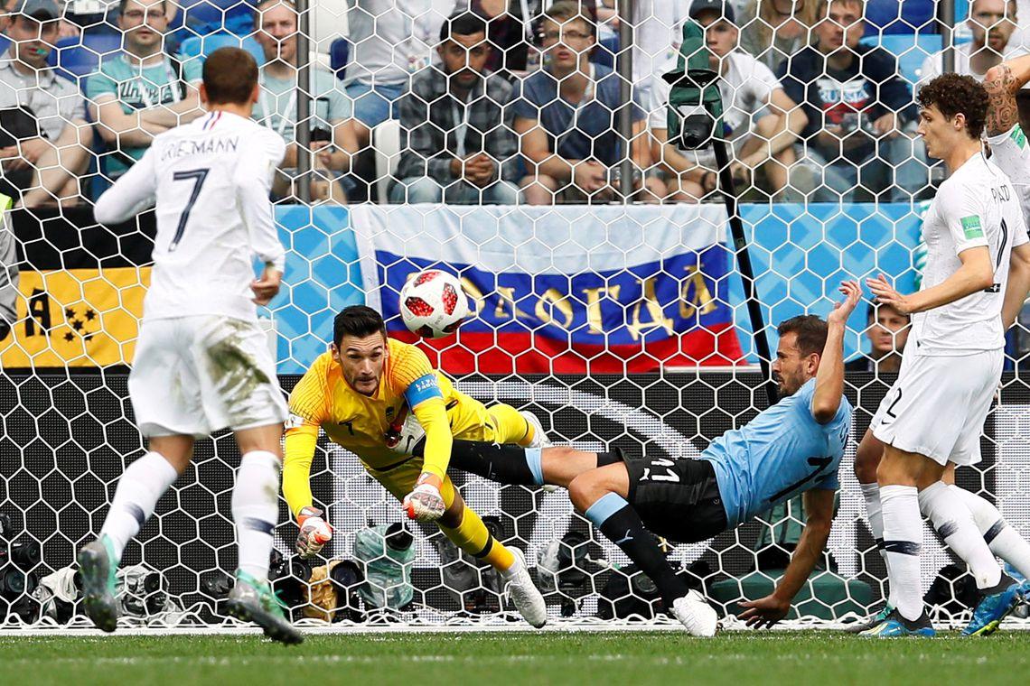 Copa 2018, França e Uruguai, Lances REUTERS/Jason Cairnduff