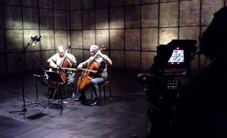 Duo Santoro gravando programa Partiruras da TV Brasil