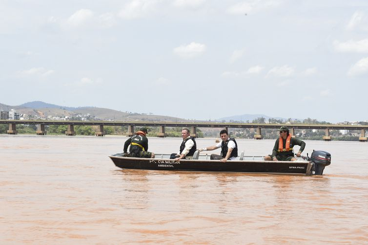 Colatina (ES) - Rio Doce é atingido por rejeitos de mineração do rompimento da barragem da Samarco em Mariana, em Minas Gerais (Fred Loureiro/Secom ES)