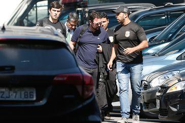 Rio de Janeiro - O ex-secretário municipal de Obras Alexandre Pinto é preso preventivamente pela Polícia Federal na Operação Rio 40 Graus (Tânia Rêgo/Agência Brasil)