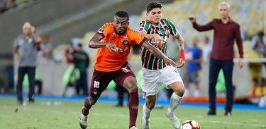 Fluminense 0 x 2 Atlético-PR