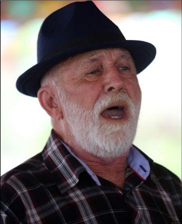 Severino Xavier de Souza, cantor e compositor, representa o forró no estado da Paraíba