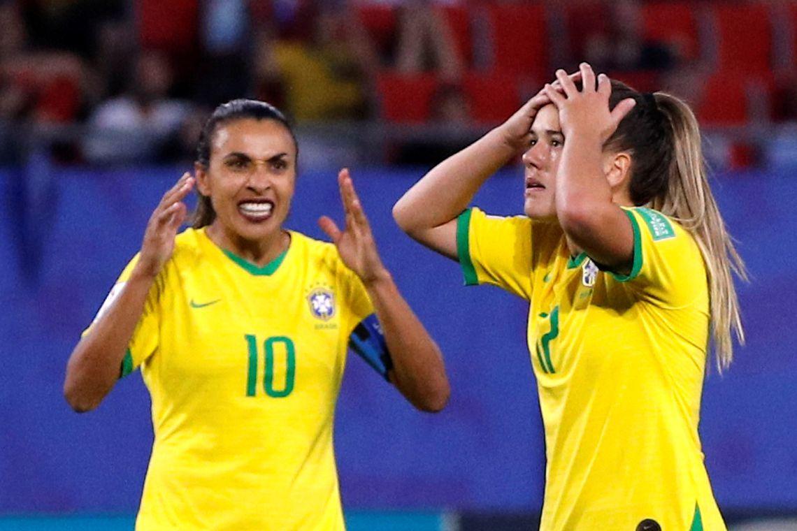Marta e Andressinha na Copa do Mundo de Futebol Feminino.