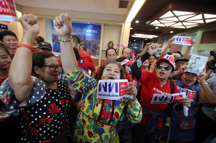 Eleições, Tailandia. REUTERS/Athit Perawongmetha