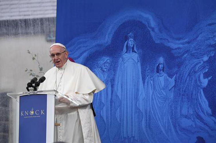 Na Irlanda, Papa pede perdão por abusos cometidos por padres