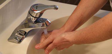 Lavar a mão