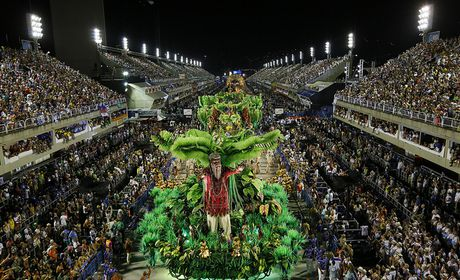Beija-Flor é a escola campeã do carnaval 2015 do Rio