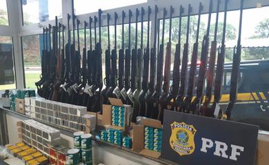 Esta é a maior apreensão de armas e munições já realizada pela PRF em Minas Gerais
