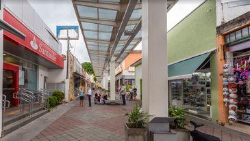 Agência do Santander foi atacadas na madrugada desta quinta-feira, 4, em Guararema (SP)