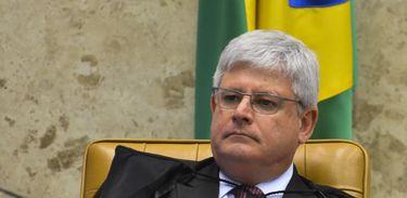 Brasília - STF retoma julgamento dos embargos infringentes de condenados na Ação Penal (AP) 470, o mensalão. Na foto, procurador-geral da República, Rodrigo Janot (José Cruz/Agência Brasil)