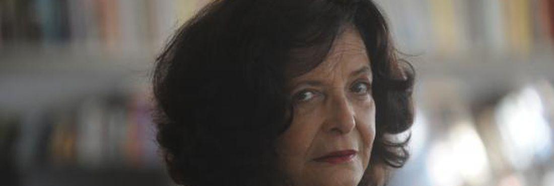 Para Heloisa Buarque, antes do golpe, a cultura buscava falar para operários e camponeses
