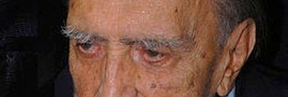 Oscar Niemayer, arquiteto brasileiro