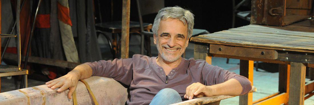 Diretor teatral Aderbal Freire-Filho estreia na TV com Arte do Artista