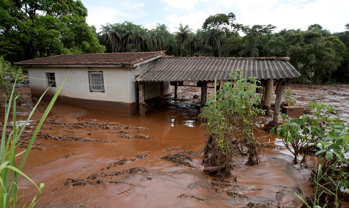A house is seen after a dam, owned by Brazilian miner Vale SA, burst in Brumadinho, Brazil January 26, 2019. REUTERS/Washington Alves