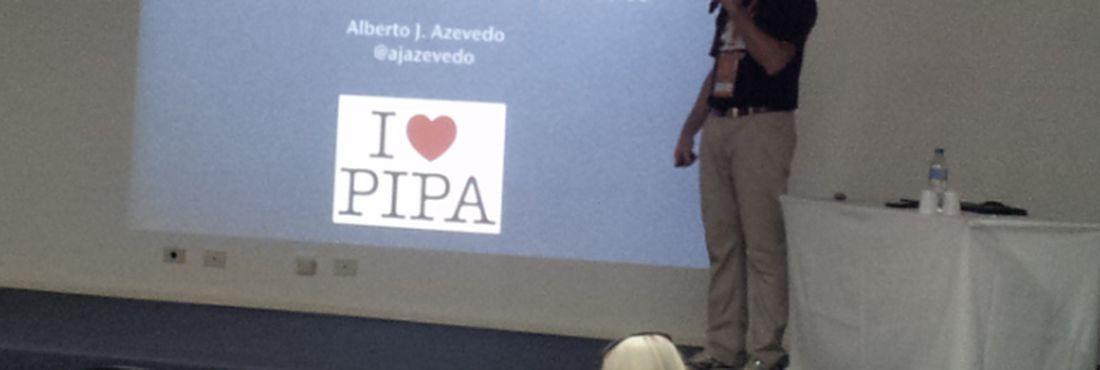 Alberto Azevedo discute direitos autorais na internet na Latinoware 2012