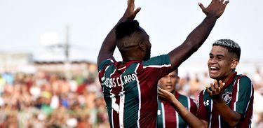 Bangu 1 x 5 Fluminense
