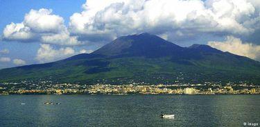 Tremores em supervulcão na Itália deixam cientistas em alerta