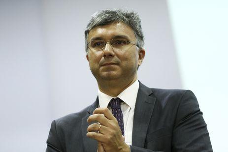 O ministro do Planejamento, Esteves Colnago, durante o lançamento do novo Portal da Transparência do governo federal.
