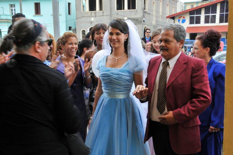 Cine Ibermedia exibe comédia cubana inspirada em Decameron