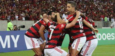 Flamengo 2 X 0 Paraná Clube