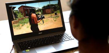 Documentário propõe a troca de vídeo-cartas entre jovens do Amazonas