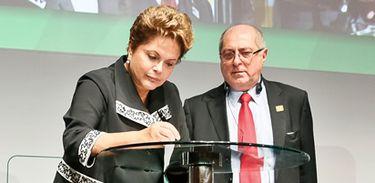 São Paulo - SP, 23/04/2014. Presidenta Dilma Rousseff durante cerimônia de abertura do Encontro Global Multissetorial sobre o Futuro da Governança da Internet - NET Mundial. Foto: Roberto Stuckert Filho/PR