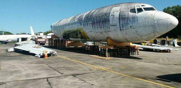 Avião abandonado no aeroporto de Fortaleza será levado para a Alemanha - SBFZ Spotting/Divulgação