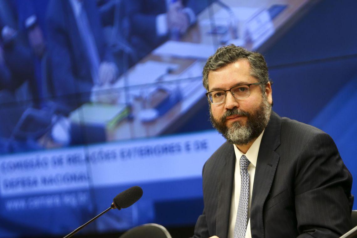 O ministro de Relações Exteriores,  Ernesto Araújo, durante audiência pública na Comissão de Relações Exteriores da Câmara dos Deputados