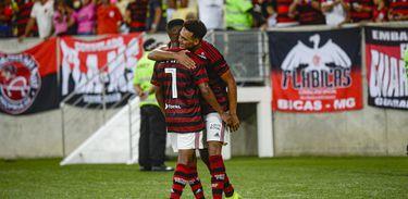 Flamengo 3 x 2 Volta Redonda
