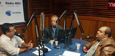 Debate sobre crise política na Venezuela