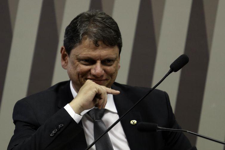 - O ministro da Infraestrutura, Tarcísio Gomes de Freitas, reuniu-se com investidores europeus em Brasília-  strong Fabio Rodrigues Pozzebom/Agência Br