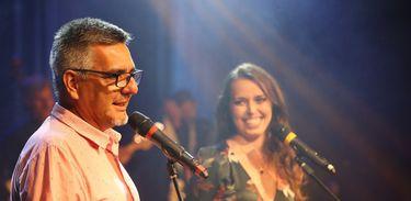 Mario Sartorello e Isabela Azevedo apresentam o Festival de Música da Nacional FM